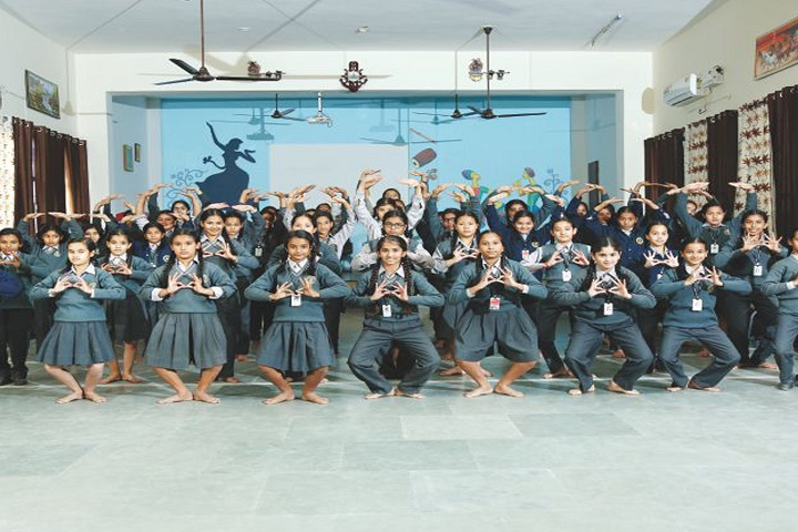 Amravati Vidyalaya-Dance Activity