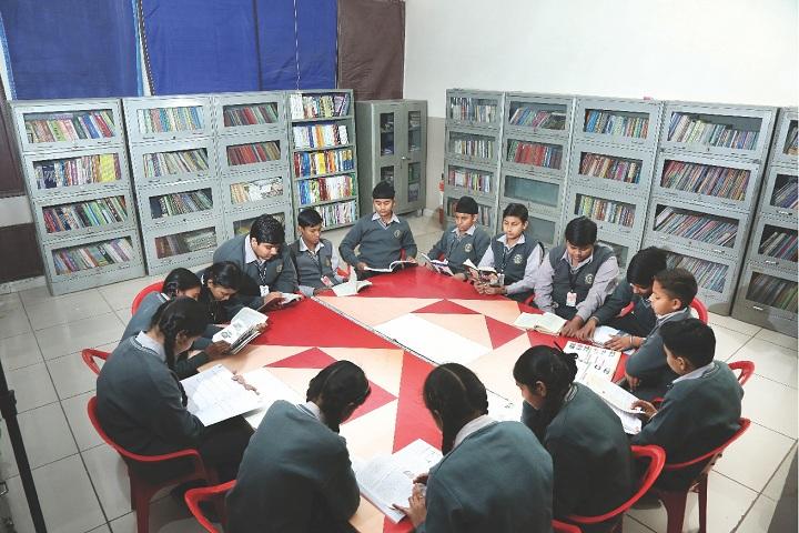 Amravati Vidyalaya-Library