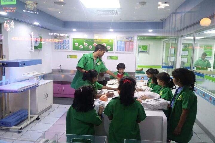 Apeejay Svran Global School-Educational Tour
