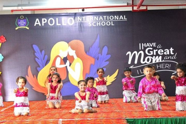 Apollo International School-Dancing Activity
