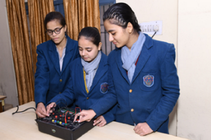 Arya Bal Bharti Public School-Physics Laboratory