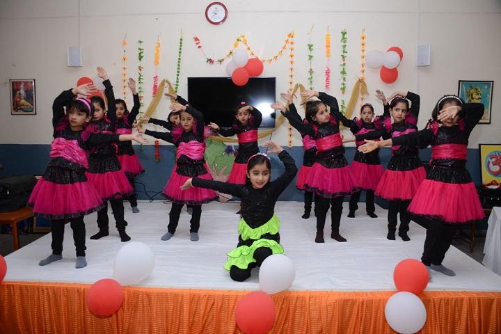 Arya Public School-Mothers day celebration