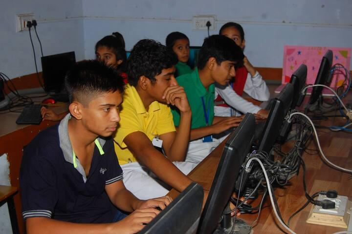 Arya Senior Secondary School-Computer Lab
