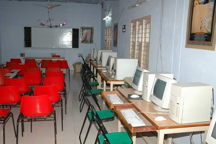 Arya Senior Secondary School-Computer Lab