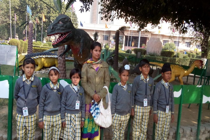 Ashtvinayak Public School-Educational Tour