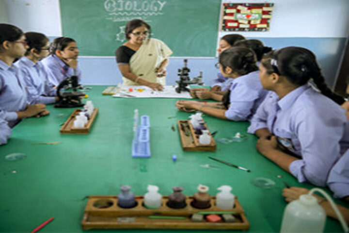 B R International Public School-Biology Lab
