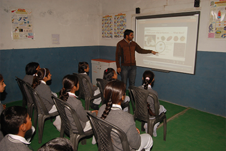 Bal Bharti Vidya Mandir High School-Digital Classroom