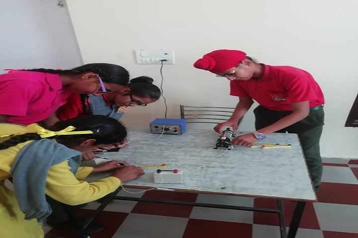 Bhagat Public School-Physics lab