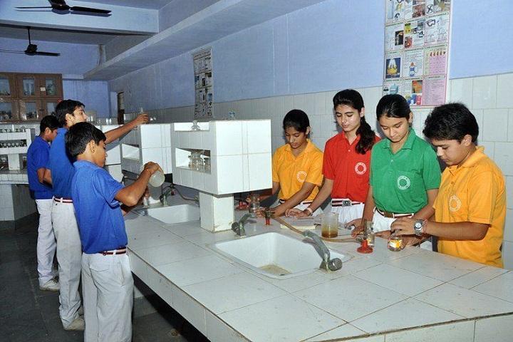 Bhiwani Public School-Chemistry Lab