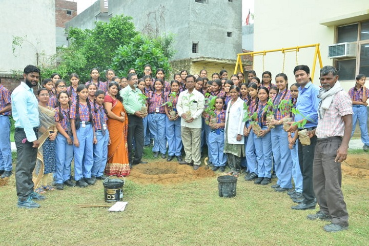 Bohra Public School-Earth Day