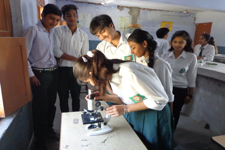 C R Public School-Biology Lab