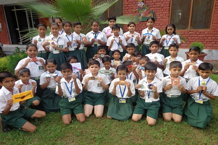 C R Public School-Rakhi Making Competition