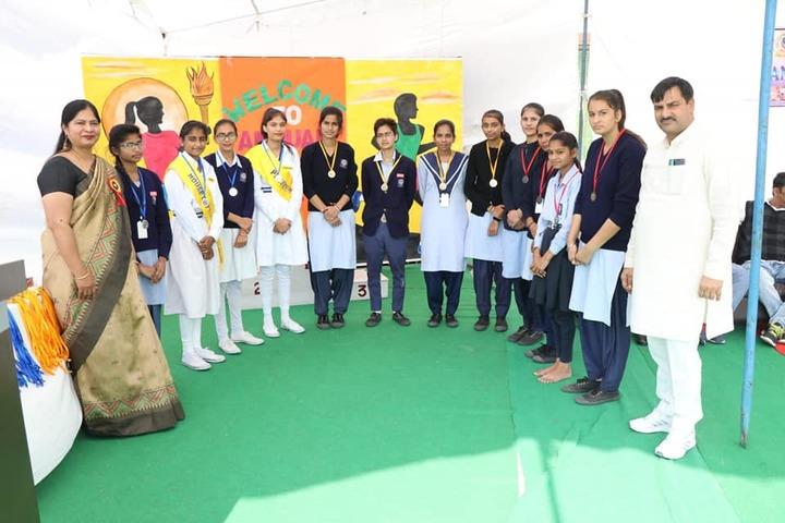 C S International School-Prize Ceremony