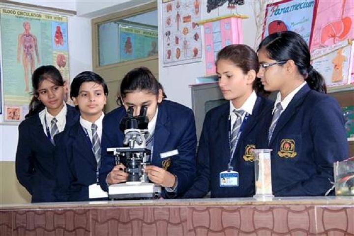 Cambridge Public School-Science Lab