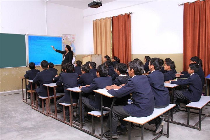 Cambridge Public School-Smart Class
