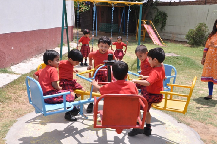 Cambridge School-Kindergarten Games