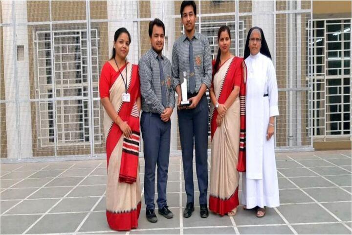 Carmel Convent School-Award