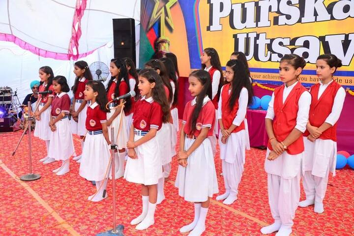 Ch Harpal Singh Convent School-Group Singing