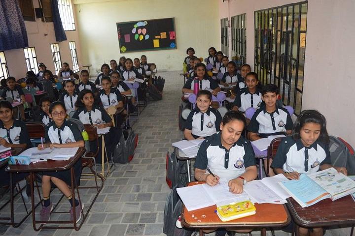 Chaman Vatika Residential Public School-Classroom