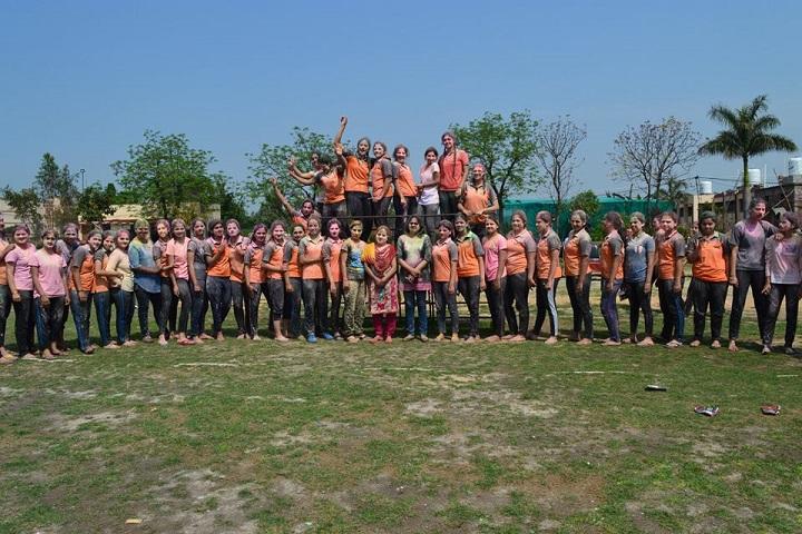 Chaman Vatika Residential Public School-Holi