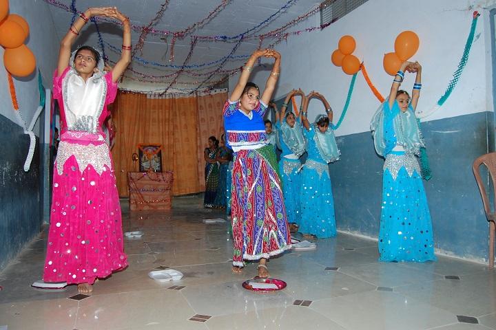 Chaudhary Chainsukh Senior Secondary School-Dance