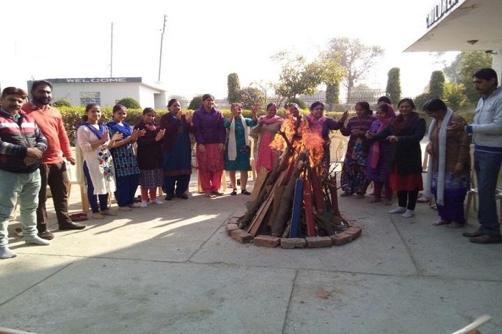 Children Memorial Dav Public School-Lohri-Celebrations