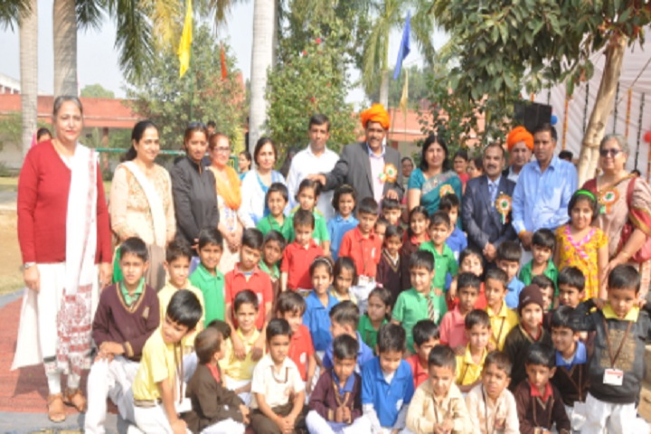 Chottu Ram Memorial Public School-Group Photo