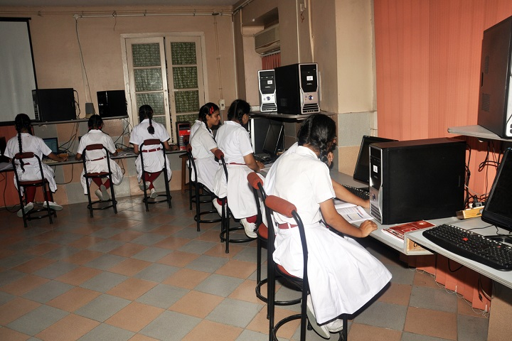 Convent Of Jesus And Mary-Computer-Lab