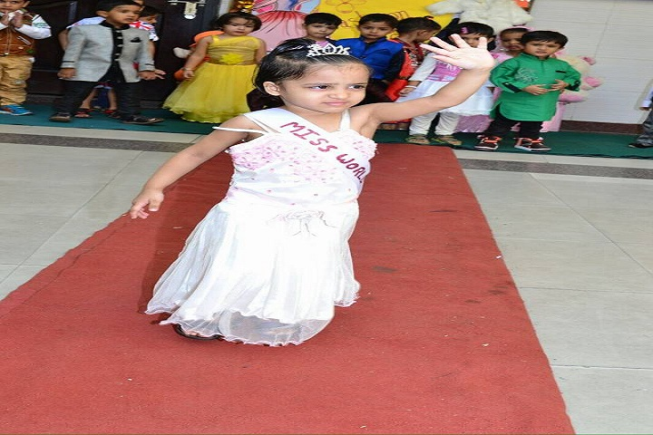 D A V Centenary Public School-Kids-Fashion-Show