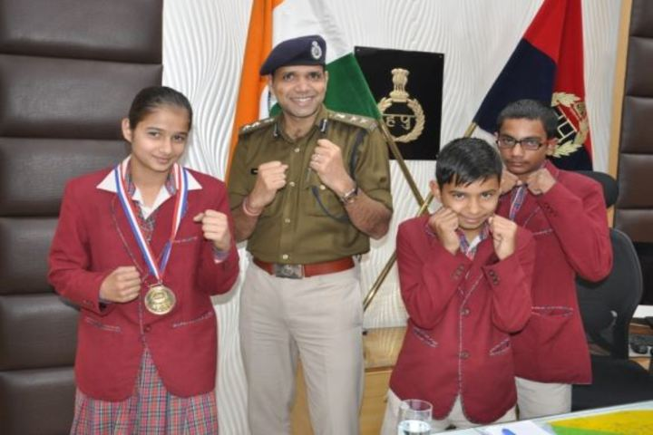 D A V Police Public School-Karate Champions