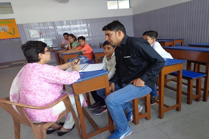 D A V Public School-Parent Meeting