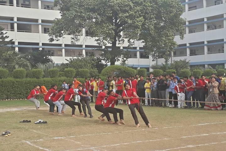 D C Model Senior Secondary School-Sports