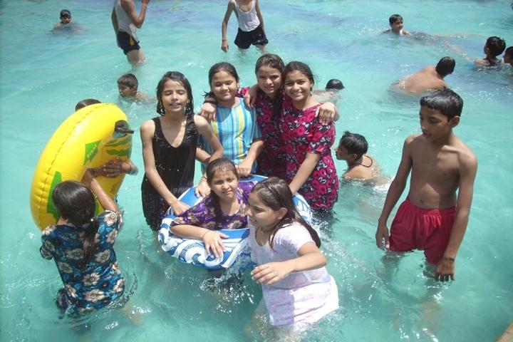 Daffodils Public School-Swimming Pool