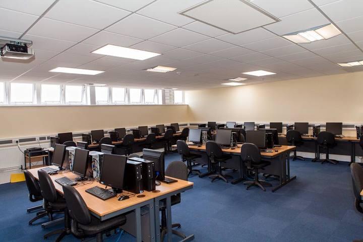 Dalamwala Public School-Computer Lab