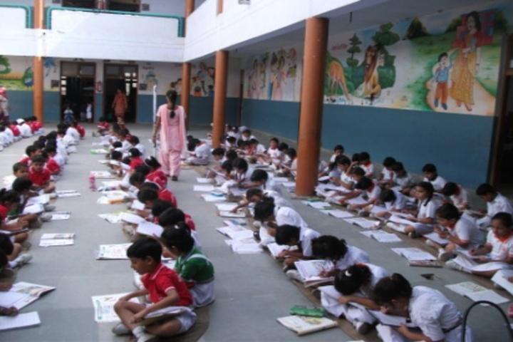 Dav Centenary Public School-Drawing Activity