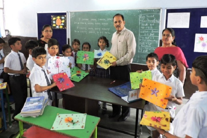 Dav Centenary Public School Sirsa-Arts and crafts