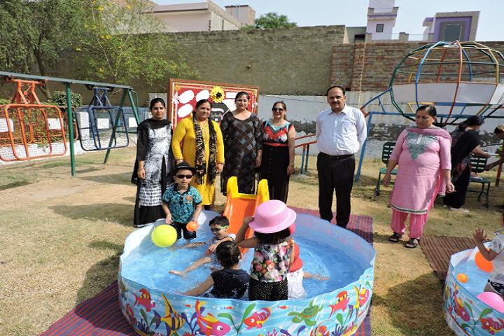 Dav Centenary Public School Sirsa-Kids Parks