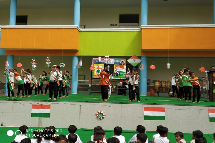 Dav Police Public School-Independence Day Celebrations