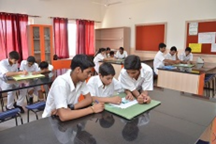 Dav Police Public School-Physics Lab