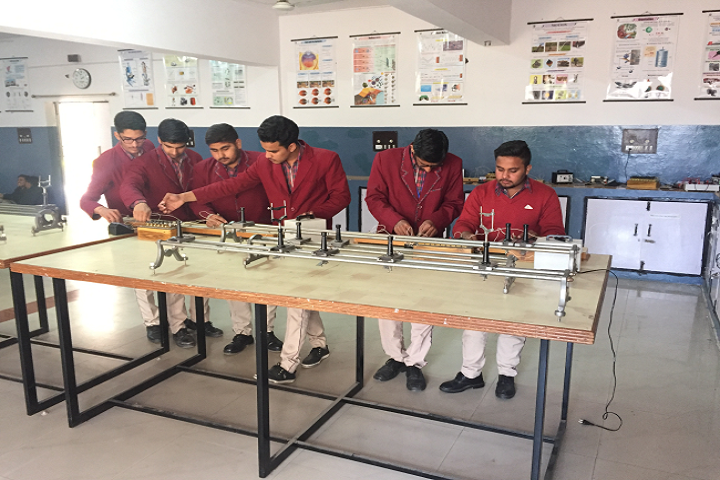 Dav Police Public School-Laboratory