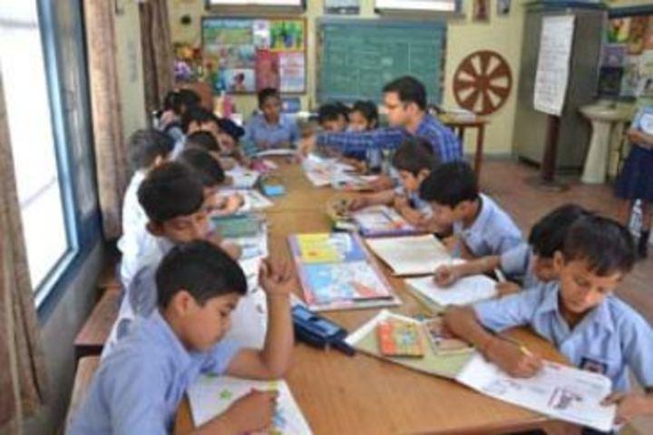 Dayal Singh Public School-Art and Craft