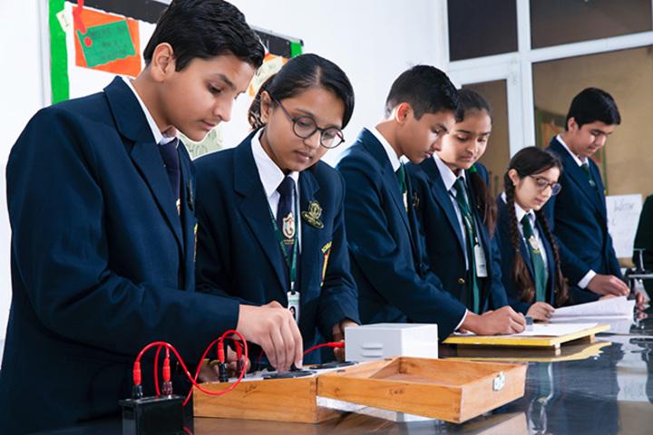 Delhi Public School-Physics Lab