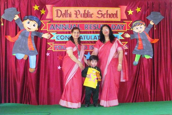 Delhi Public School-Prizes Distribution