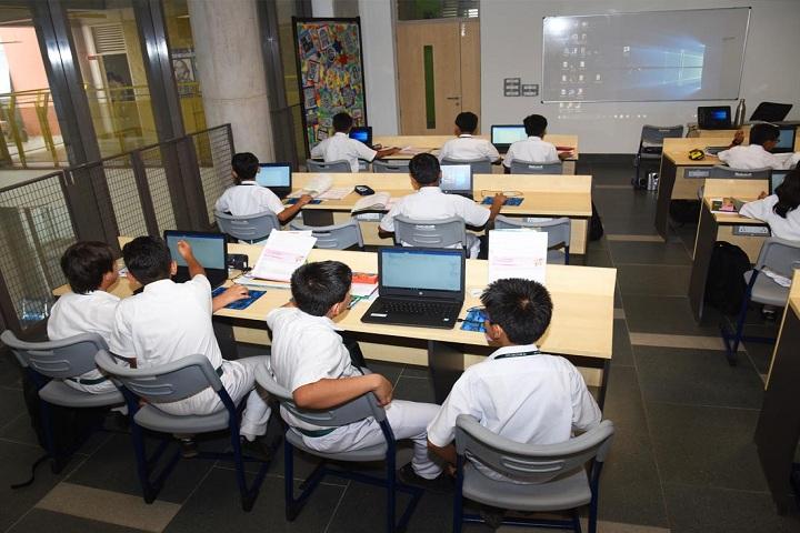 Delhi Public School-Smart Classroom