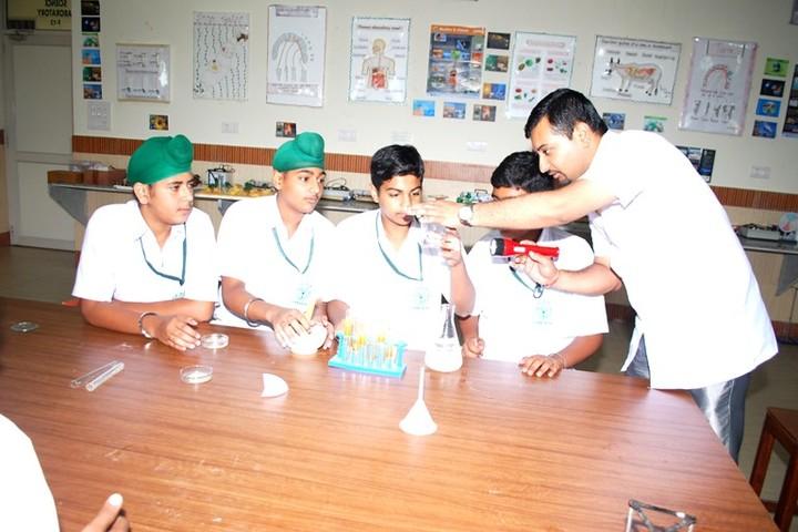 Delhi Public School-Science Lab