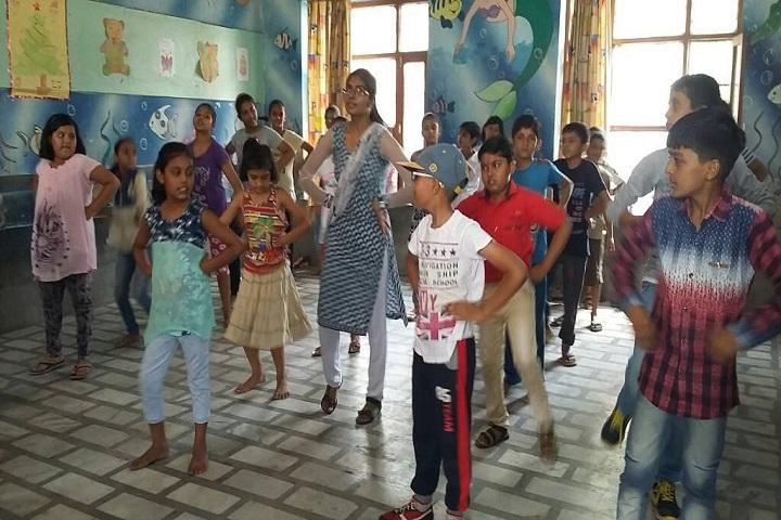 Dina Nath Memorial Convent School-Dance