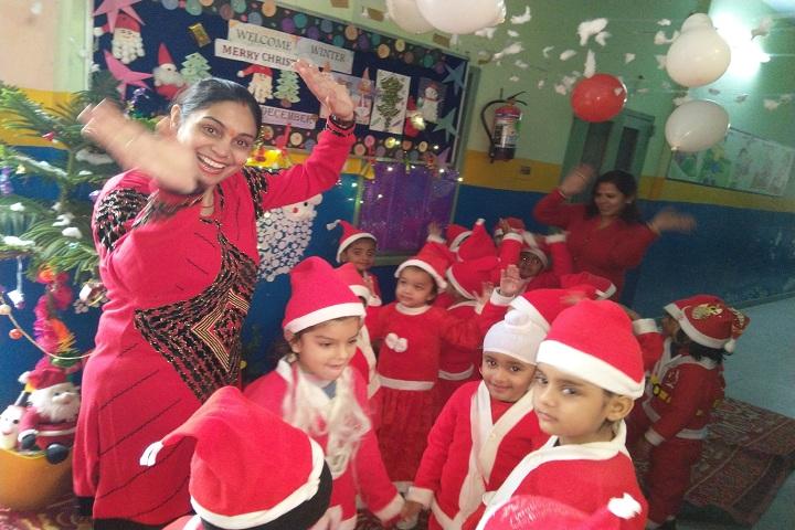Divine Public School-Christmas Celebration