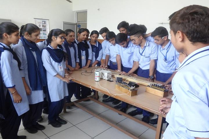Divine Public School-Laboratory