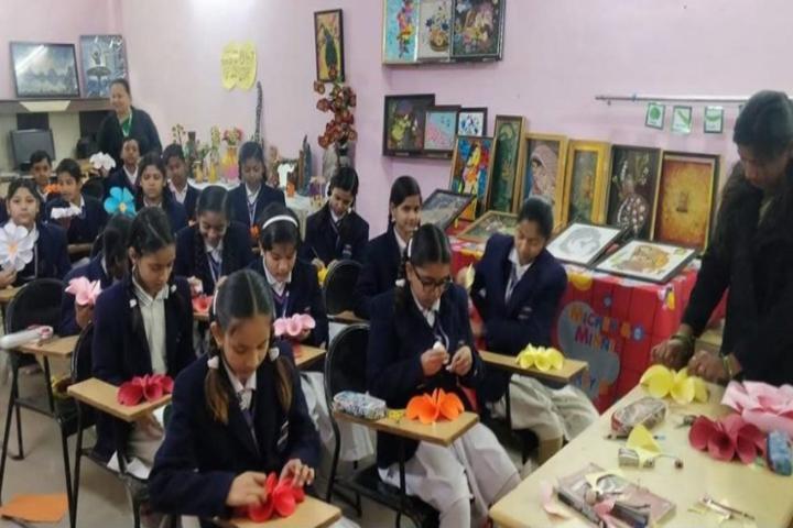 Doon Bharti Public Senior Secondary School-Art and Craft