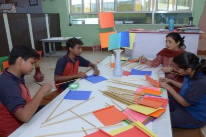 Eicher School-Art Room